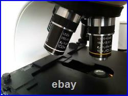 Leica CME Model 1349521X Laboratory Microscope with 4 Objectives Professional